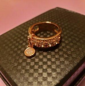 New Women's Vintage White Zircon Rose Gold Ring